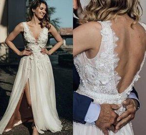 2021 Boho Wedding Dresses Sexy Backless Lace Applique Scalloped V Neck Side Slit Sleeveless Sweep Train Beach Wedding Gown vestido de novia