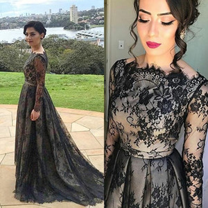 Vintage Lace Black Mother Of The Bride Dresses With Sleeves Boat Neck Long Sleeve Formal Evening Dress Wedding Party Gowns