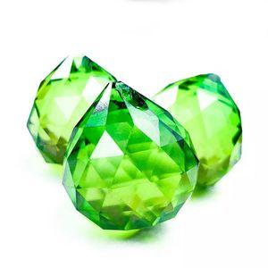 30 ملليمتر الأخضر الأوجه الكريستال الكرة الثريا الجزء قلادة المنشورات الإضاءة الكرة فنغ شوي suncatcher الزفاف ديكور المنزل اكسسوارات h jllpbs