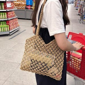 Hot Sale Local Stock 2020 Fashion Summer Beach Straw Woven Bags Tote Shoulder Bags Rattan Basket Shoulder Beach Handbag