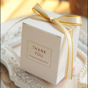 European Simple Atmosphere White Cube Candy Boxes Wedding Party Supplies Gift Packing Box Baby Shown Favors Gift Bag Q1127