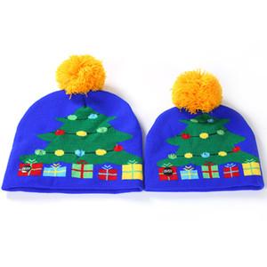 LED Knitting Hat Led Lighting Pom Beanie Kids Adult Snowflake Xmas Crochet wool Lights Knitted Ball Cap Christmas High quality DDA2591