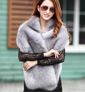 2020 Europe and the United States new popular imitation fox fur thick fur scarf scarf female Korean version wild short warm shawl trend