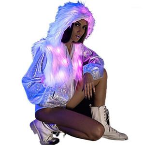 Furrymascot Womens Womens Performance Performance Costume LED FAUx Fourrure Épissage Veste pour Halloween, Parti, Noël, Carnival1