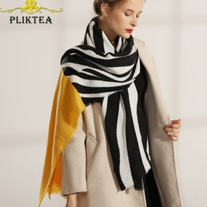 Klasik Siyah Beyaz Zebra Çizgili Eşarp Kadınlar Için Sıcak Pashmina Kış Kadın Atkılar Bayanlar Faux Kaşmir Panço Bayanlar Şal Y201024