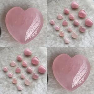 Cristaux naturels Stones Hearthaped Love Rose Guérison Ornements Sculptés Art et Artisanat Gemstone Femmes Beau Beau magnifique nouveau 5tr3 m2