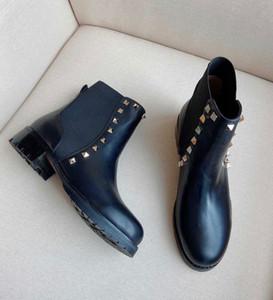 Famoso inverno marca feminina montante rock studs tornozelo botas flats lady booties rodada plataforma plataforma senhora garrafa festa, casamento EU34-43.Box