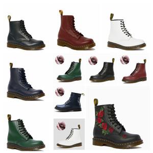 2020 inverno Peluche Shoes Shapes Sys Hole Medio Top Uomo e scarponi da donna Abbigliamento da donna Abiti da lavoro Martin Boots Retro locomotiva Coreano coreano