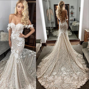 2021 New Sexy Arabic Champagne Nude Mermaid Wedding Dresses Off Shoulder Full Lace Appliques Flowers Open Back Plus Size Formal Bridal Gowns