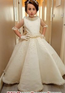 Luxurious Pearls Satin 2020 Flower Girl Dresses Ball Gown Backless Little Girl Wedding Dresses Cheap Communion Pageant Dresses Gowns ZJ701