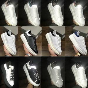 2020 Moda Reflectante Reino Unido Plataforma Snake Skin Hombres Zapatos Casuales Triple Negro Blanco Velvet Hombres Mujer Estilista Sneakers Trainer EUR 36-44