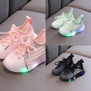 Açık Ayakkabı Bahar LED Çocuk Nefes Işık Güz Koşu Ayakkabı Renk Sonbahar Yeni Degrade Ve Deri Koşu Ayakkabı Trend Eğlence Childre