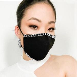 Bling Bling Pearl Visage Masque Masque Mode Chaîne en métal Réutilisable Face Couverture de la bouche Adulte NightClub Designer Masque Yya567