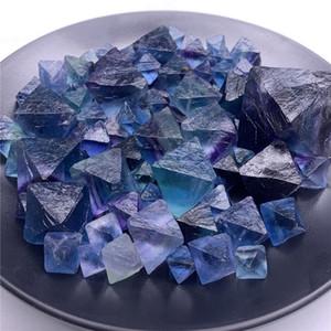 1 Beutel 100 g Natur Octagonal Raute blau Fluorit Oktaeder Würfel Regenbogen Fluoritkristall Trommelstein