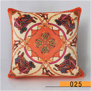 Luxury printing comfortable soft napping material fabric pillowcase cushion cover size 45 * 45cm home decoration gift 2021 new arrive