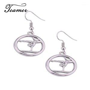 Orecchini di ginnastica rotondi di colore dell'argento del techante Ginnasta dei danghi dei danghi dei monili della moda per la donna Accessori semplici1