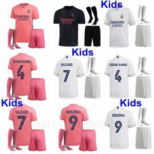 Niños 20 21 Real Madrid Modric Modric Jersey Socks Soccer Set Benzema Hazard Kroos Sergio Marcelo Camisa de Fútbol Kits Uniforme Niños