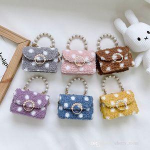 kids princess handbags fall winter 2021 plush Polka dot pearl girl crossbody bag baby pearls chain accessories one shoulder bags F735