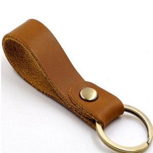 Fashion Key Buckle Car Keychain Handmade Leather Keychains Men Women Bag Pendant Accessories 9 Color