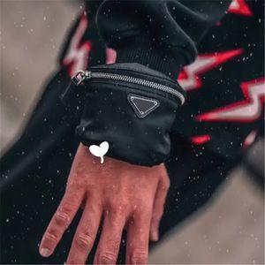 Женщины Luxurys дизайнеры сумки 2021 мини-сумка модные запястья сумки браслет bumbag руку сумка женские сумки кошельки маленькие монеты кошельки запястье