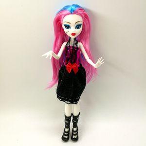 4 unids / lote Nuevo estilo Monster Fun High Dolls Draculaura Hight Moveable Junta, Niños Mejor regalo Venta al por mayor Moda 0222