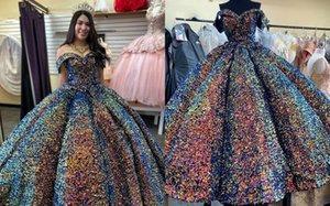 2022 Sparkle Coloré Robe à balles paillettes Quinceanera Pal Robes V Couillère Couche à manches courtes Sweet 15 Gradaud Homecoming Party Robe formelle
