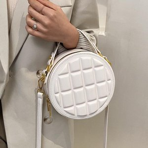 Niche Design Spring summer Popular Handbag 2021 New Fashion All-match Cross-body High-quality HOT Style Round Bag Width: 19cm