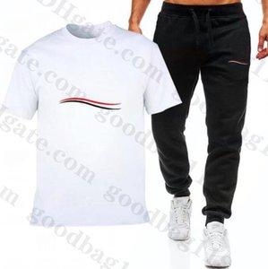 T-shirt de designer pour hommes + Pantalon Set Marque Suivi de la marque Mens Sweat Cuisson Patchwork Noir Couleur Solid 2021 Spot Sportsuit