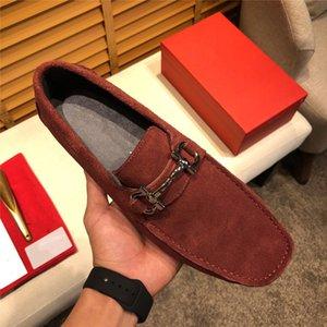 Scarpe da uomo in pelle di alta qualità uomini mocassini scarpe designer vintage nappa uomini scivolano su scarpe da outforno Oxford Mocassin Homme Delocdd