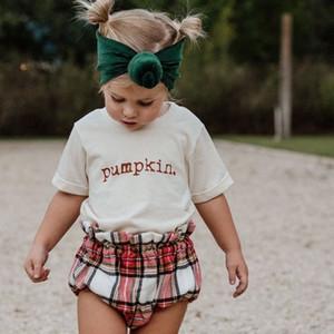 Chifuna Summer Shorts Sleeve Tops Lettre de la mode Imprimé Nouveau Arrivée Enfants T-shirts pour filles Enfants Été Vêtements Q0203