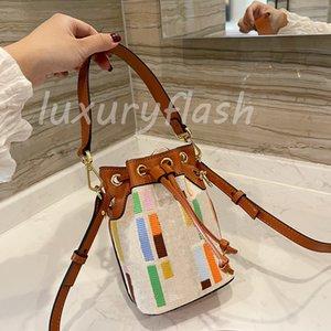 2021 Designers Multicolor Bucket Bag Unique Moda Luxurys Senhoras Mensageiro Bolsas De Alta Qualidade Bordado Marcas De Ombro Mini Bolsa