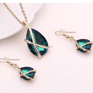 Crystal water Drop Necklace Earrings Jewelry Sets Gold Ear Cuff Pendant Chains fashion Wedding Jewelry Gift for Women