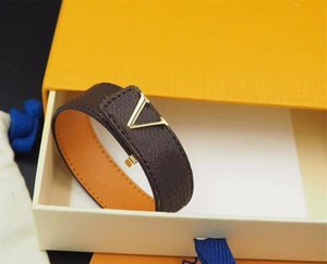 Fashion Classic Brown PU Leather Bracelet Jelly with Metal Logo In Gift Retail Box Stock SL08
