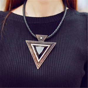New Black Choker 2021 Leather Pendant Women Rhinestones Triangle Necklace Sweater Chain Fashion Jewlery