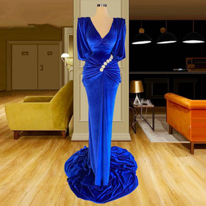 Sexy V Neck Royal Blue Velvet Evening Dresses With Long Sleeves Plus Size Long Prom Gowns Formal Women Dress for Party