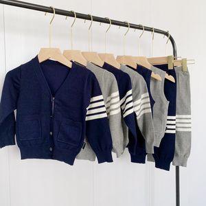 TB 4-bar children's autumn new T-shirt boys' Korean college casual cardigan pants sweater suit