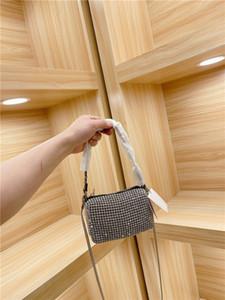 2021 Tasarımcılar Çanta Luxurys Çanta Yüksek Kaliteli Bayanlar Zincir Omuz Çantası Patent Deri Elmas Luxurys Akşam Çanta Çapraz Vücut Çanta