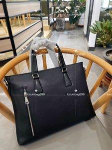 Luxurys Designers cross body bag Vintage Classic Beige briefcase messenger men shoulder mens belt bags mini fashion Style Phone Package fannypack