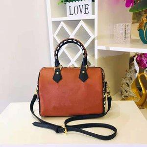 Дизайнерские сумки дизайнеры Бостонские сумки сумки для наплечной сумки, дорожная сумка Высокое качество Женщины Luxurys Большая емкость Багажница Багаж Багаж M4584M58524 Цветочный пресс