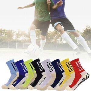 Calcetines de fútbol anti deslizamiento de los hombres atléticos largos calcetines absorbentes deportes agarre calcetines para baloncesto fútbol voleibol corriendo
