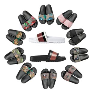 Diseñador Slipper Slipper Slipper Sandal Sandal Slippers Engranaje Bottoms Flip Flozs Mujeres Rayas Playa Causal Slip 35-48