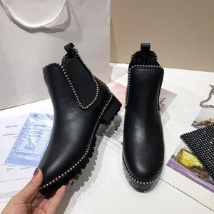 Роскошный дизайнер женские наполовину сапоги Обувь зимний коренастый Med каблуки простые квадратные пальцы ног обуви дождевые ZIP женщин середины телят добыча износа устойчивый к толщему бешеному ботинку A118