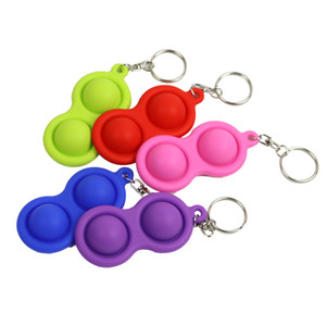 Key Ring Simple Dimple Toy Triangle Key Chain Pendant Multicolor Pressure Relief Car Keychain Ornaments Gift Key Chains LLA369