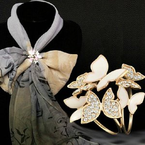 2021 Fashion Jewelry Gold Enamel Crystal Rhinestone Butterfly Brooch Broche Insect Shawl Scarf Channel Brooches For Women