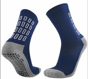 2021 Tapedesign Футбольные носки Теплые носки Мужчины Зимние Термальные Футбол Длинные чулки Пот-Абсорбция Ударные Бегущие носки