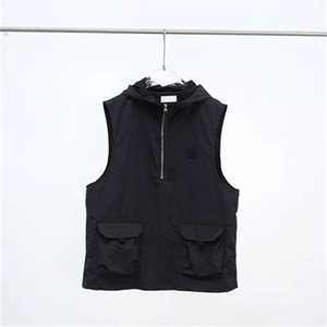 Summer simple Black Hoodie Men's Vests Tooling sleeveless coat Casual couple vest European and American fashion brand embroidery Badge