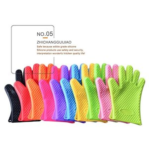Creative Silicone BBQ Gloves Anti Slip Heat Resistant Microwave Oven Pot Baking Glove Kitchen Cooking Tool Five Fingers Gloves T9I001132