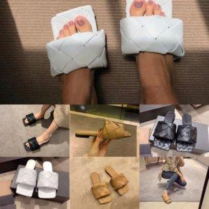 9oyb8 Designer Designer Womenshoes in pelle Slipper Espadrille Sandalo Designer di lusso Slipper Lusso Flatbeach con il metallo esterno