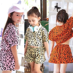 KT INS Wholesale Baby Kids Girls Suits Cute Leopard Tees Tees с шортами 2 Штамки Летние Детская одежда Устанавливает наряды
