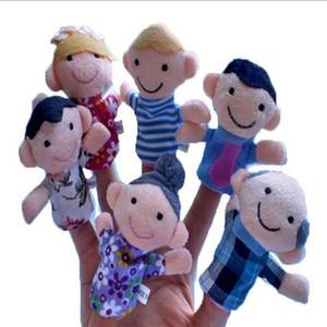 6шт / лот семейный палец марионеток мини плюшевые детские игрушки мальчики девушки палец марионетки образовательный рассказ руку кукольный ткань кукла игрушки